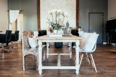 belle-sirene-la-jolla-salon-relax-table